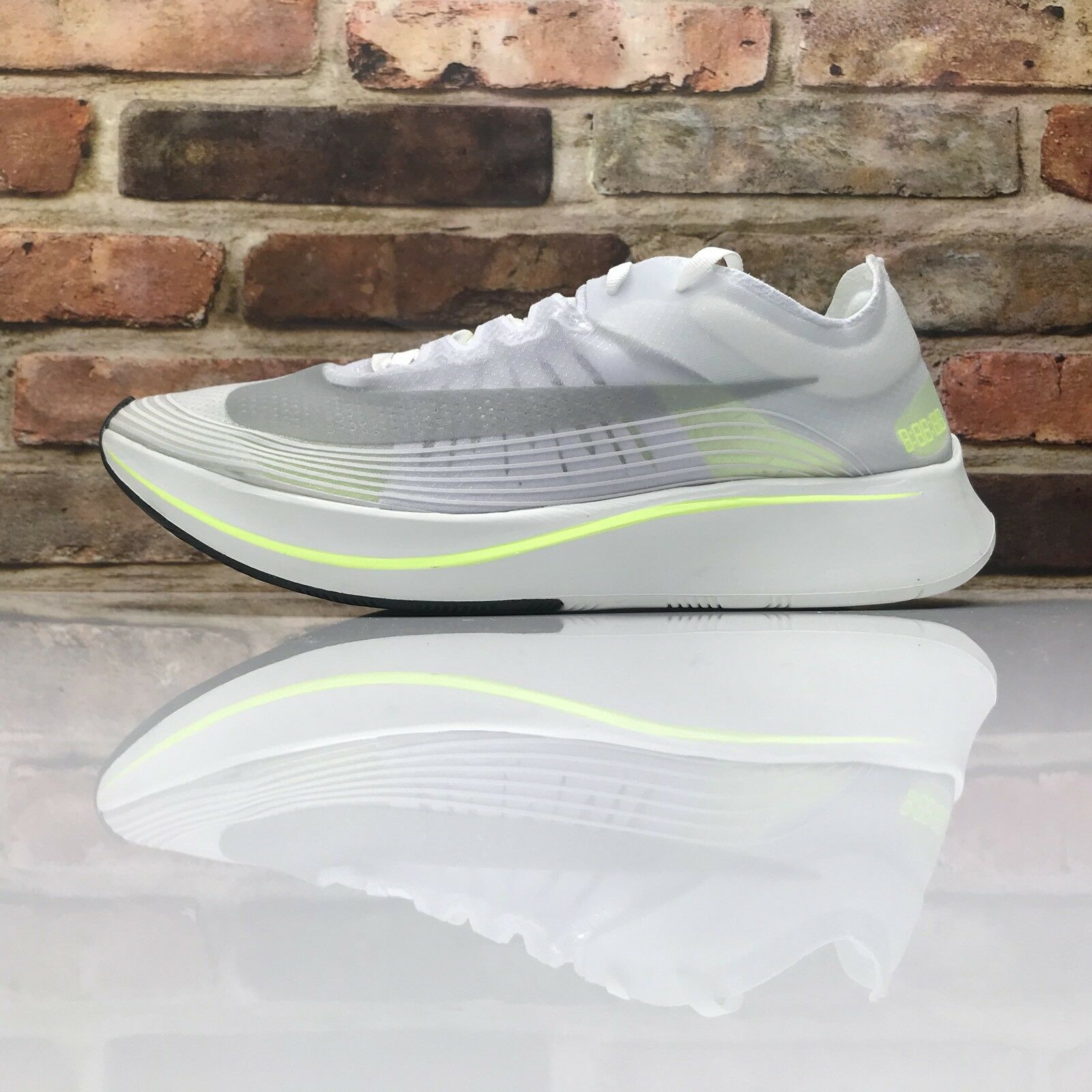 Nike Zoom Fly SP Running shoes Mens Size 10.5 Volt Glow Summit White AJ928 107