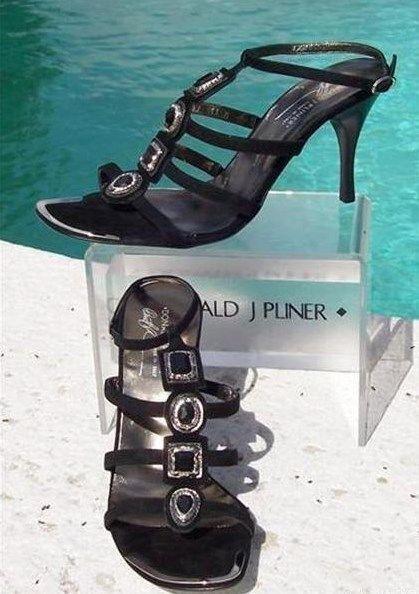 Donald Donald Donald Pliner Couture Zapato De Cuero De Gamuza Nuevo Embellecido T Correa Sandalia 11  295  calidad fantástica