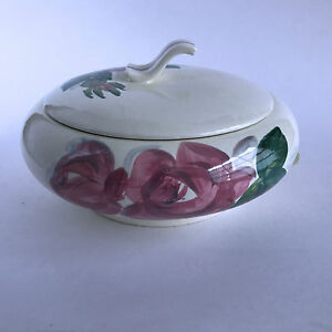Vintage-Red-Wing-Pottery-Lexington-Covered-Casserole-Imperfect-8-3-4-034
