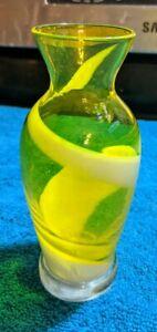 VINTAGE MID CENTURY MODERN ITALIAN HAND BLOWN YELLOW SWIRL ART GLASS BUD VASE