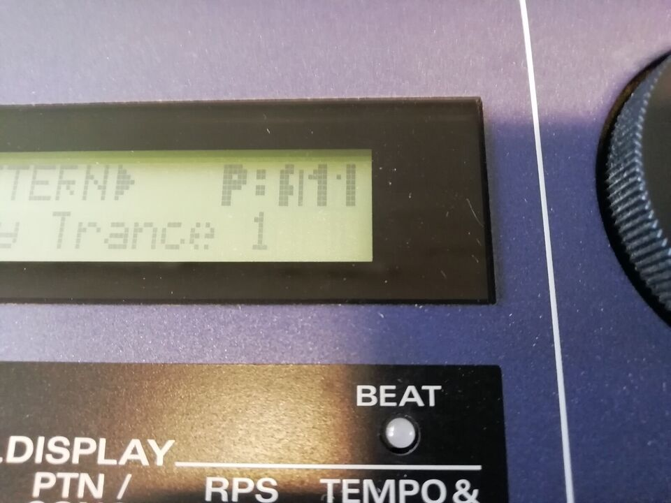 Groovebox, roland JX-305 MC-307