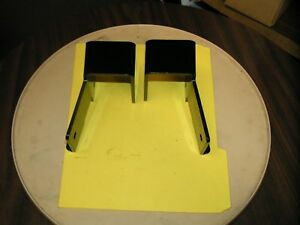 MTD-PRODUCTS-TRACTOR-BAGGER-BRACKETS-SET-OF-2-OEM-PART-703-09193-703-09197