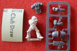 Games Workshop Warhammer 40k Rogue Trader Space Marines MK IV Maximus Armour E11