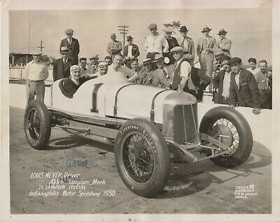 LOUIS MEYER CHECKERED FLAG  1936 INDY 500 8 X 10 PHOTO