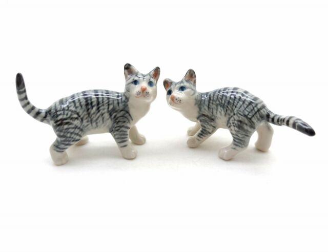 Mini Tiny Black//White Striped Cat Dollhouse Miniature Ceramic Animal Figurines