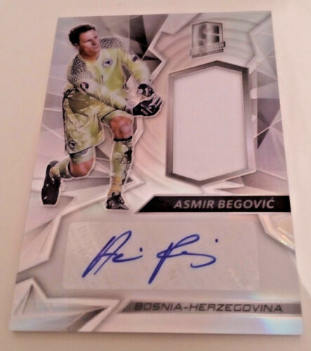SPECTRA SOCCER 2016//2017  AUTO hand signed cards relic//shirt//patch #65 99 149
