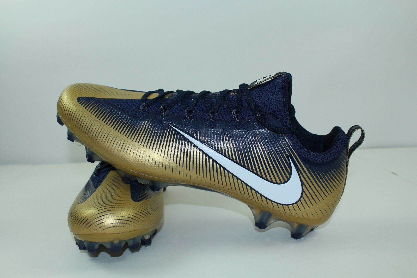 NEW  NIKE VAPOR UNTOUCHABLE PRO VPR  FOOTBALL CLEATS Size 15.