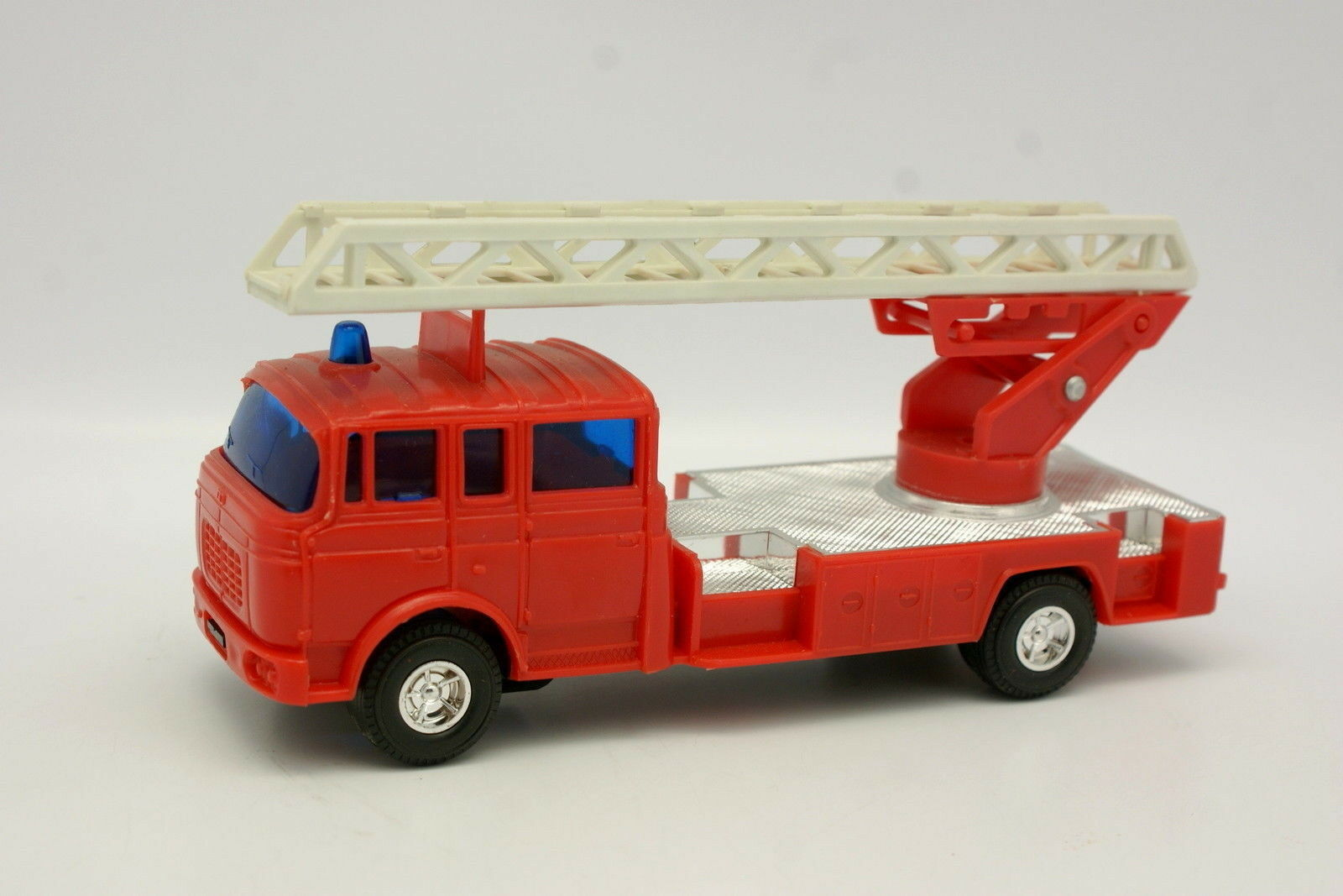 preferente Lucky Norev 1 43 - - - Berliet GBK Grande Echelle Pompiers  salida de fábrica