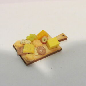 OOAK,doll houses D00550  6 Miniature Orange Slices