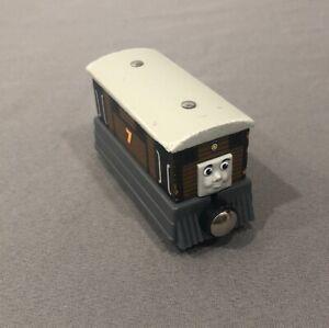 Thomas /& Friends Wooden Train SALTY the tank engine w// Oil Car