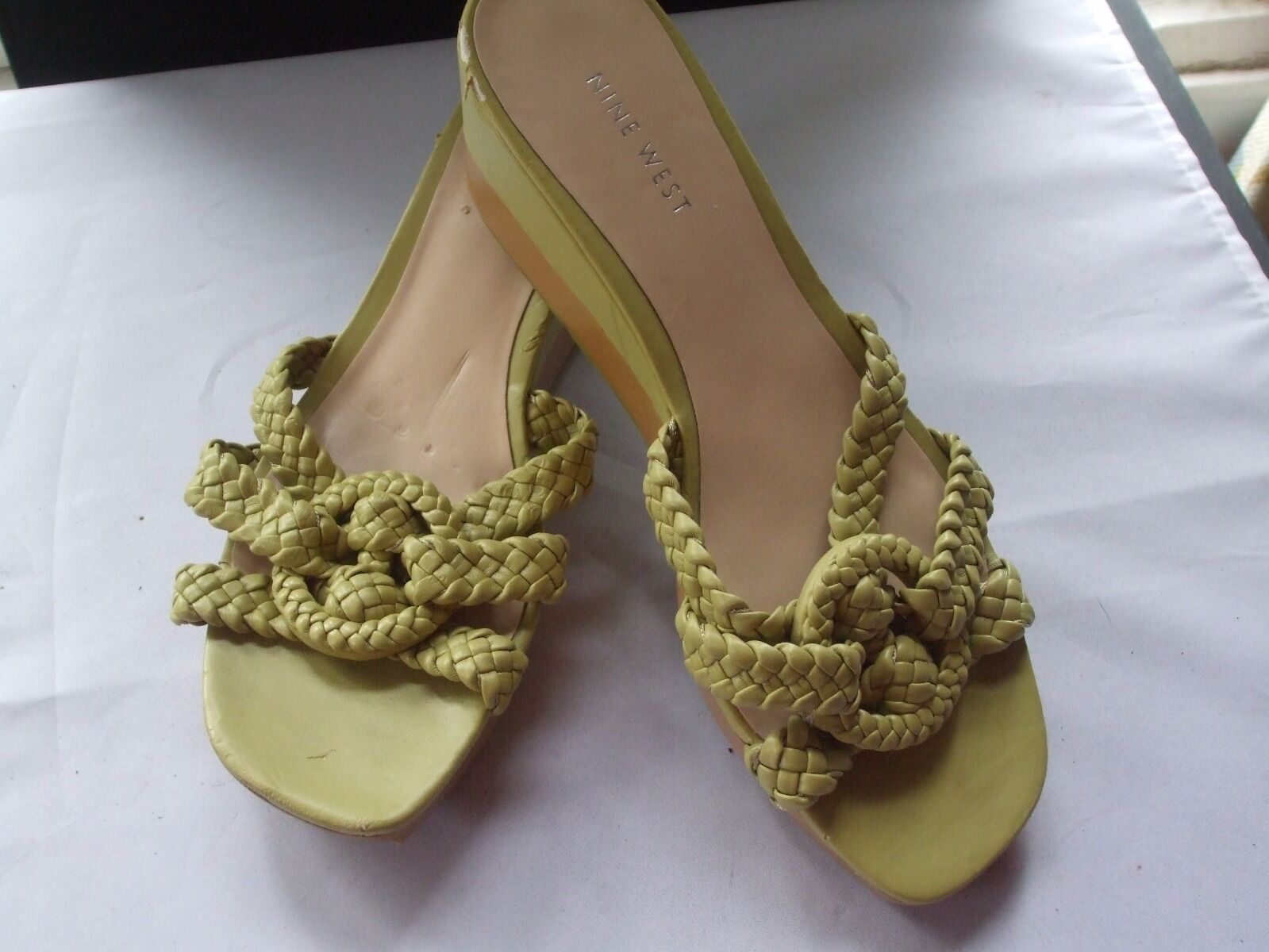 Nine West On Lime Green Braided Knotted Details Wedge Slip On West Sandals Size 8M ac9169