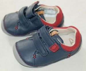 Clarks Tiny Toby Navy leather baby boy