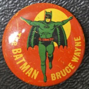 1966-THE-BATMAN-Bruce-Wayne-Tin-Pinback-NPP-Inc-23mm-Dia-NCC