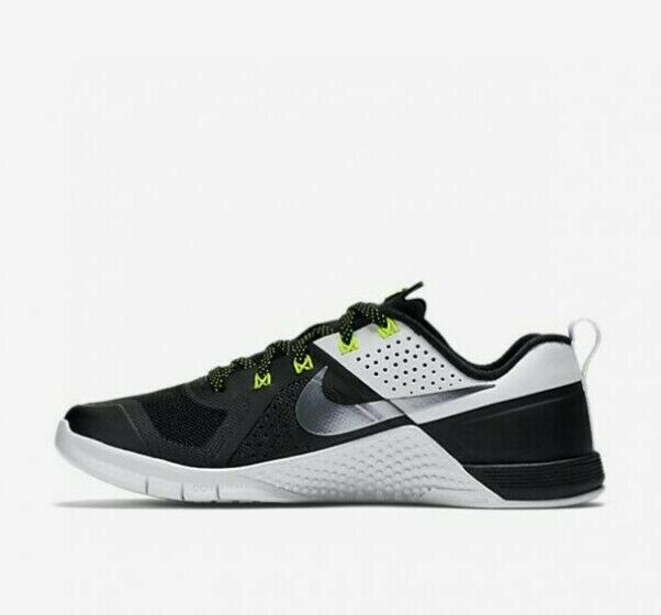 Nike WMNS metcon 1 - 813101 001