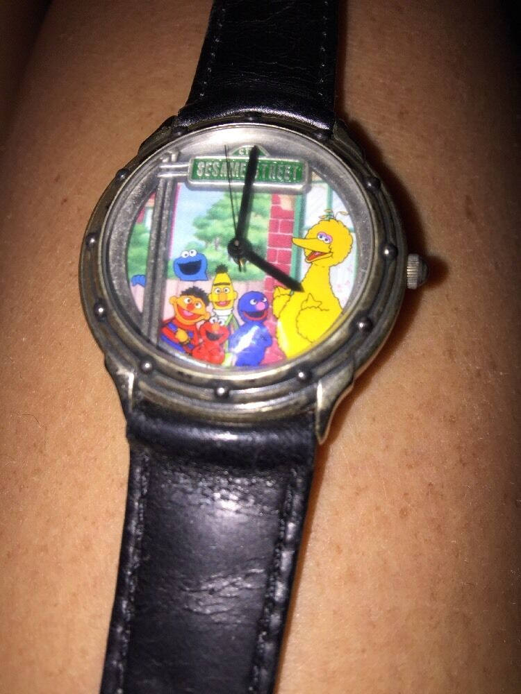 CTW SESAME STREET GENERAL STORE WATCH 0873 1500 Limited Edition Fossil