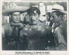 Mexico Golden Age Cinema Luis Aguilar Anda's 2 Gallos de Pelea Press Photo