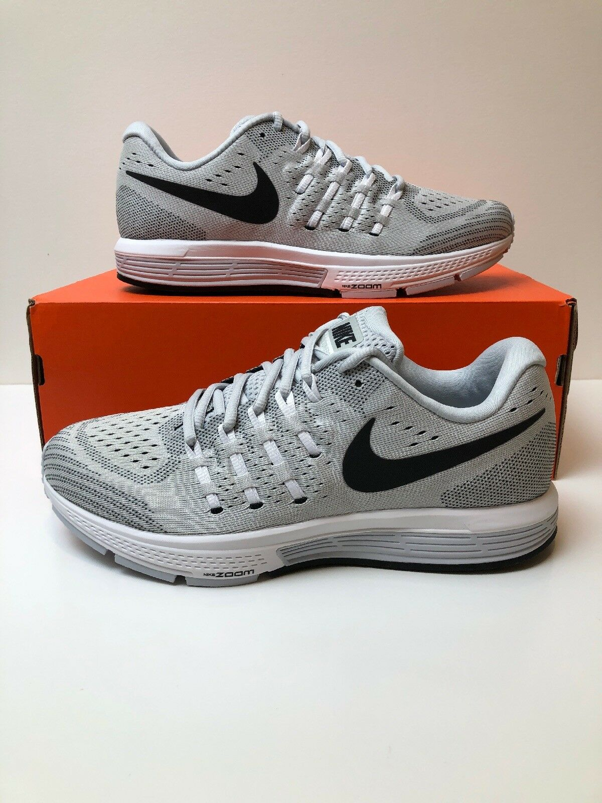 NIKE AIR ZOOM  VOMERO 11  RUNNING SHOES PLATINUM MEN SIZE 8 NEW 818099-002