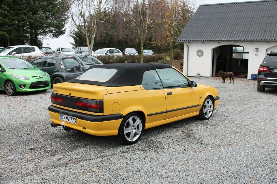 Renault 19 1,8 Cabriolet Benzin modelår 1996 km 215000 Gul