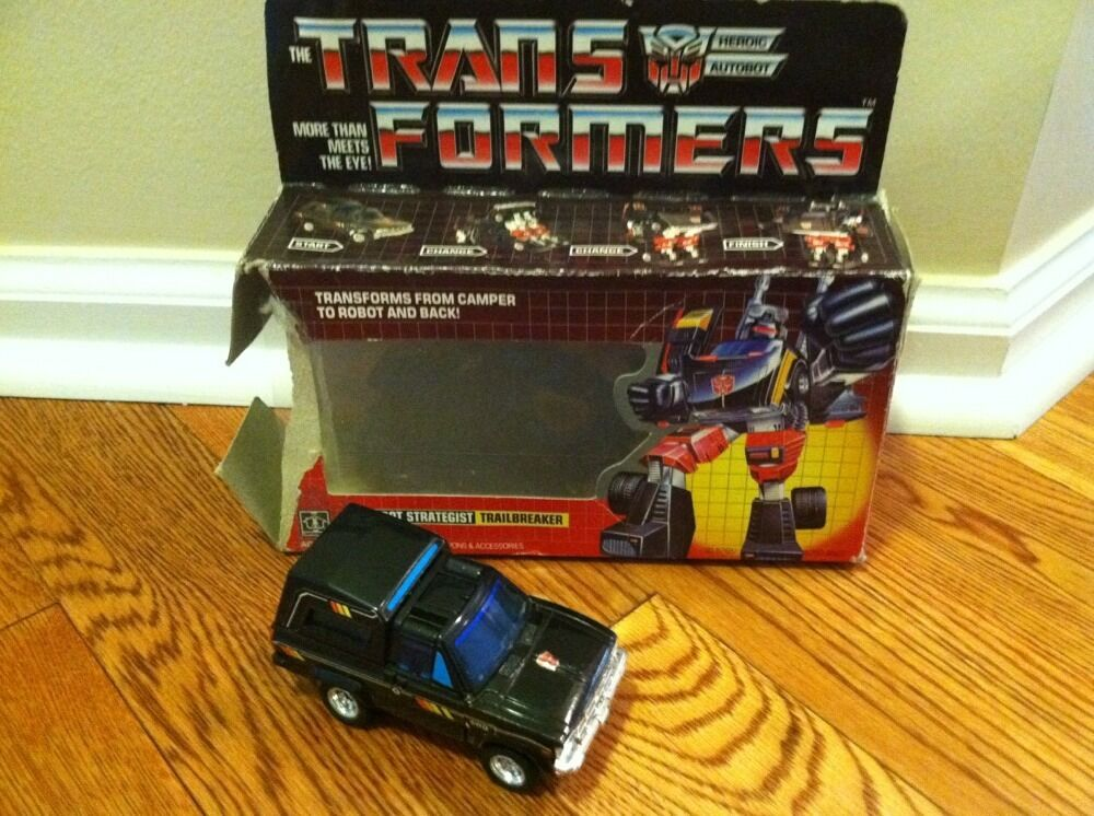 1985 HASBRO G1 TRANSFORMERS TRAILBREAKER With box