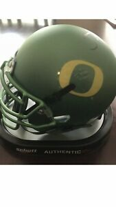 Justin-Herbert-Oregon-Signed-Auto-Mini-Helmet-Green-ALT-SENIOR-BOWL-Ducks-Rare