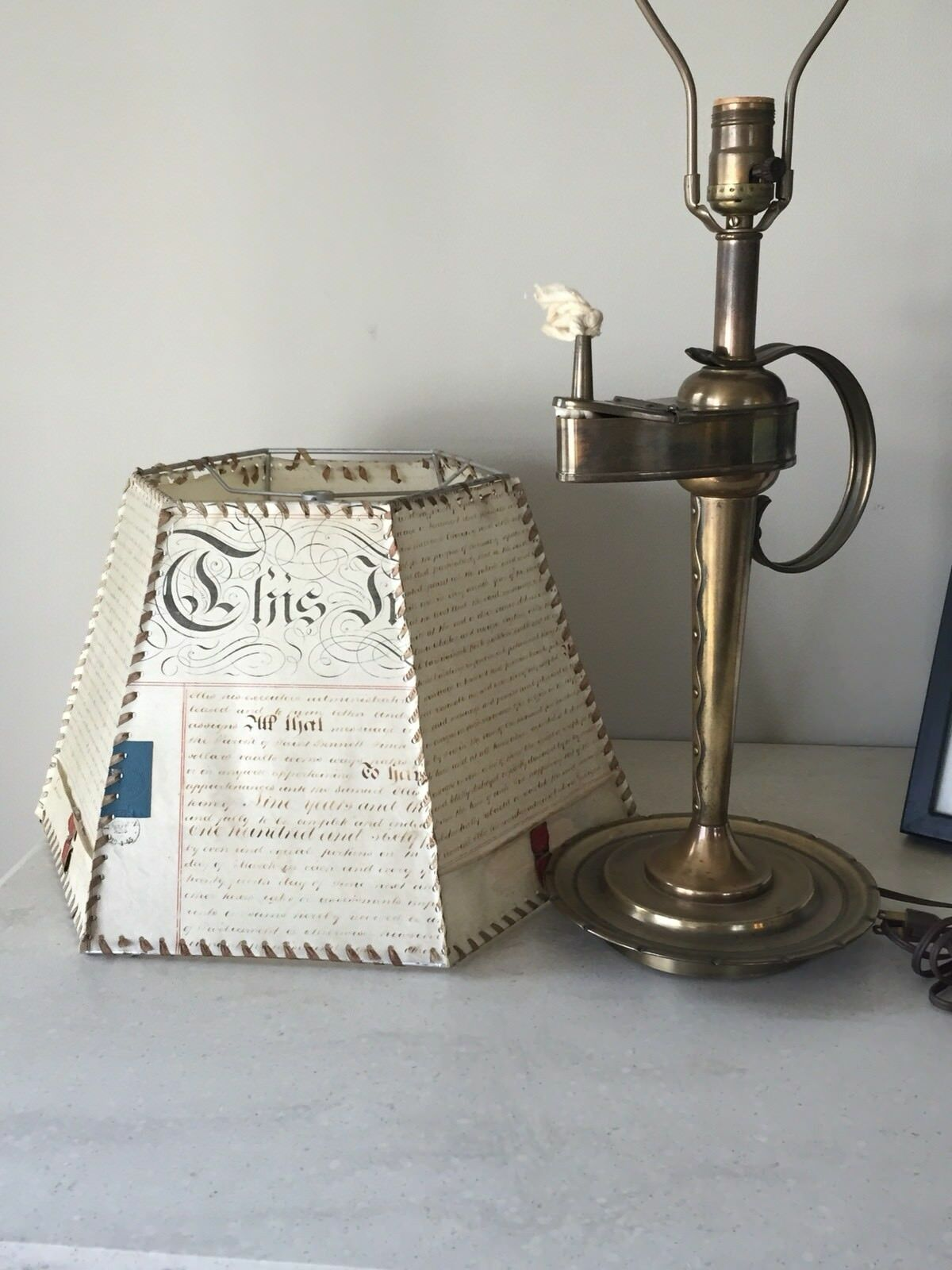 Vintage Brass Early American Faux Oil Lamp Design