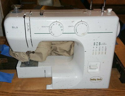 TABLE NOT INCLUDED AND THIS IS A PARTS MACHINE Baby Lock BL9 Sewing Machine