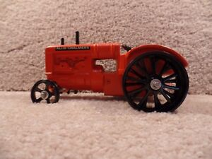 RARE-Custom-1-16-Scale-Diecast-Allis-Chalmers-Tractor-With-Steel-Wheels