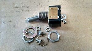 1 EA NOS EATON AIRCRAFT TOGGLE SWITCH - VARIOUS APPLICATIONS P/N: MS35058-30
