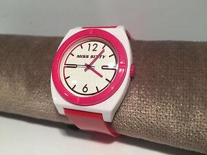 Pink & White Stu011 10 Atm Starke Verpackung Uhr Uhren Montre Miss Sixty Quarz Pink
