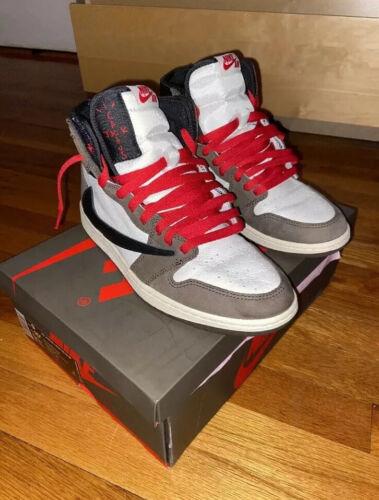 Jordan 1 Retro High Travis Scott Size 9