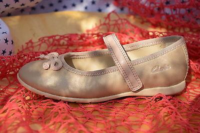 %% Clarks märchenhafte echt Leder Schuhe Ballerinas 25 NEU %%