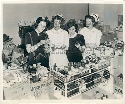 1941 1940s Women Nurses Check Medical Surgical Supplies For Britain Press  Photo | eBay