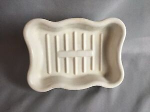 Antique-Vtg-Ceramic-White-Porcelain-faucet-Mount-Soap-Dish-185-17J