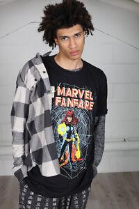 Official-Marvel-Comics-Fanfare-Unisex-T-Shirt-Hulk-Captain-America-Black-Widow