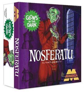 2014-MONARCH-1-8-Nosferatu-the-Vampyre-Glow-in-the-dark-Aurora-ReIssue-model-kit