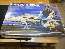 ACADEMY 2191 1/32 F/A-18C HORNET PLASTIC MODEL KIT, 2003