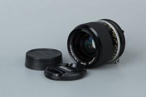 Nikon-Nikkor-Ai-S-28mm-f-2-f2-Ais-Lens-Prime-Manual-Wide-Angle-Lens