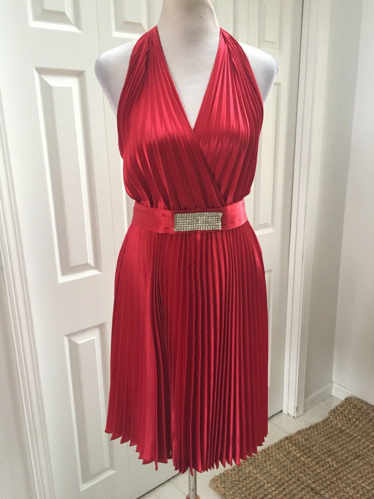 NWT  Joseph Ribkoff Couture Red Halter Pleated Full Skirt Marilyn Monroe 8