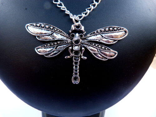 45mm ARTISAN DRAGON FLY PENDANT NECKLACE ON SILVEPLATED CHAIN
