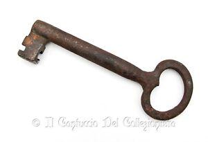 Antica chiave femmina in ferro da portone cancello baule '700 XVIII secolo