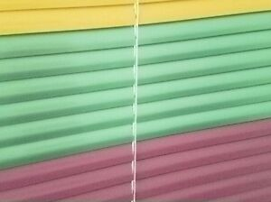 Aluminium-Jalousette-Alu-Jalousie-Fenster-Tuerrollo-Lamelle-Fensterjalousie-Tuer