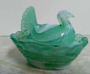 Boyd-Key-Lime-Glass-Turkey-on-Nest-Salt-Dish