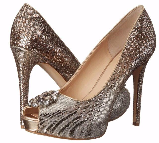 b06bbdcc98e GUESS Hot Spot Silver Gold Glitter Peep-toe Pump Shoes w  Rhinestone Brooch