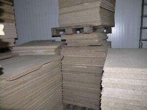 Spanplatten-gebraucht-Masse-920-x-840-mm-x-38-mm