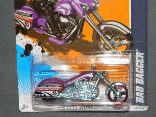 HW HOT WHEELS 2012 CITY WORKS #7//10 BAD BAGGER MOTORCYCLE HOTWHEELS PURPLE VHTF