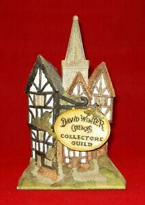 "David Winter Cottages Collector's Guild Special Piece ""Village Scene"" 1986 EUC"