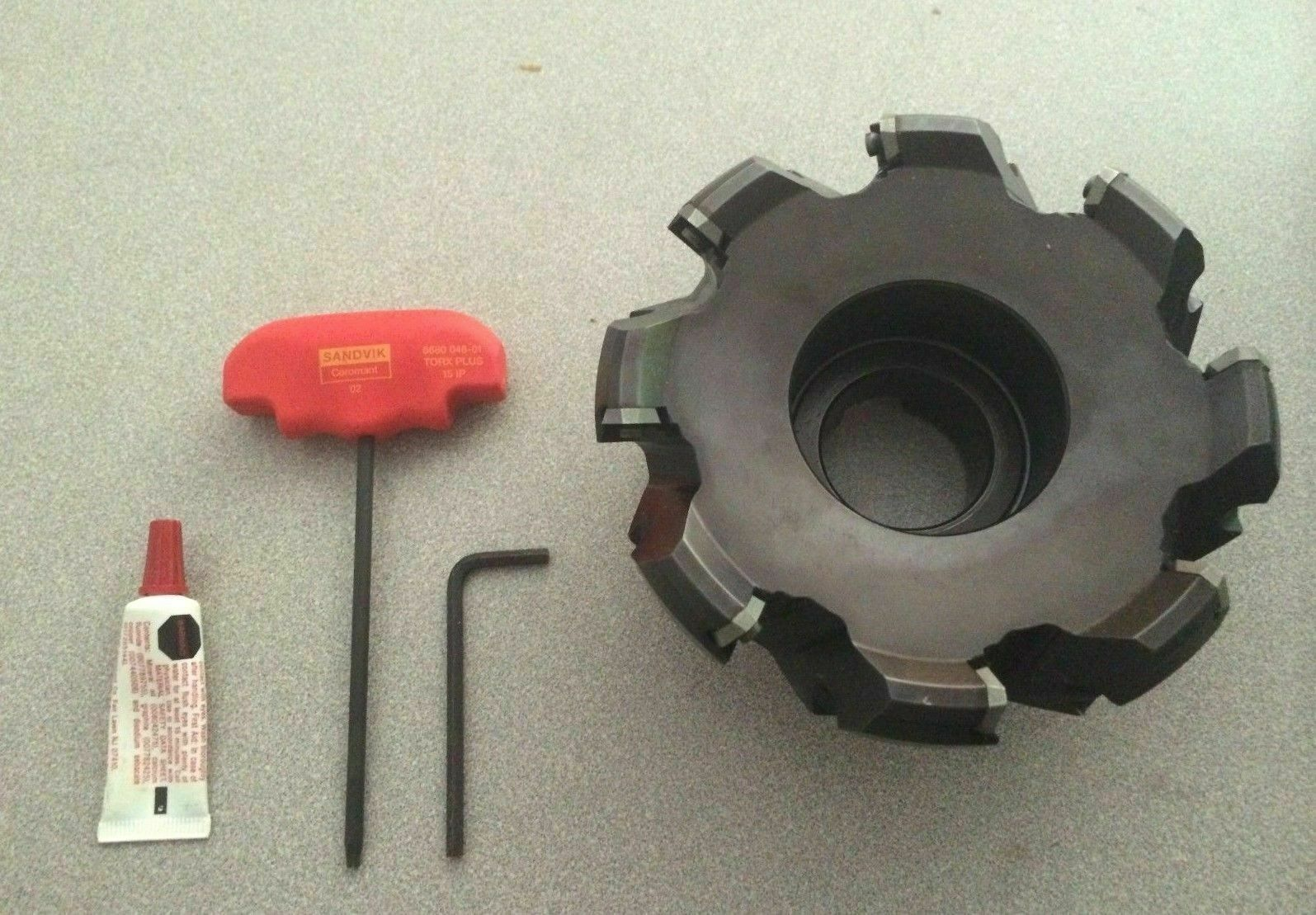 Right Hand Steel 12 Insert Size 6 Extra Close Pitch 2-1//2 Cutting Diameter x 1-37//64 Overall Length 3//4 Arbor Sandvik Coromant RA245-063R19-12H CoroMill 245 Face Milling Cutter