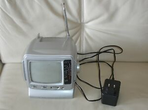 "Mini Fernseher Personal Television AM / FM Radio Black & White 5.5"" Model TV-50 - Neverin, Deutschland - Mini Fernseher Personal Television AM / FM Radio Black & White 5.5"" Model TV-50 - Neverin, Deutschland"