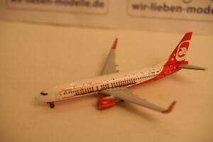 Herpa-527019-1-500-Boeing-737-800-Air-Berlin-Flying-Home-Christmas-neu-OVP
