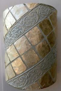 Applique-in-resina-e-madreperla-bianca-cm-25x13x30-etnico-luce-da-muro-moderno-2